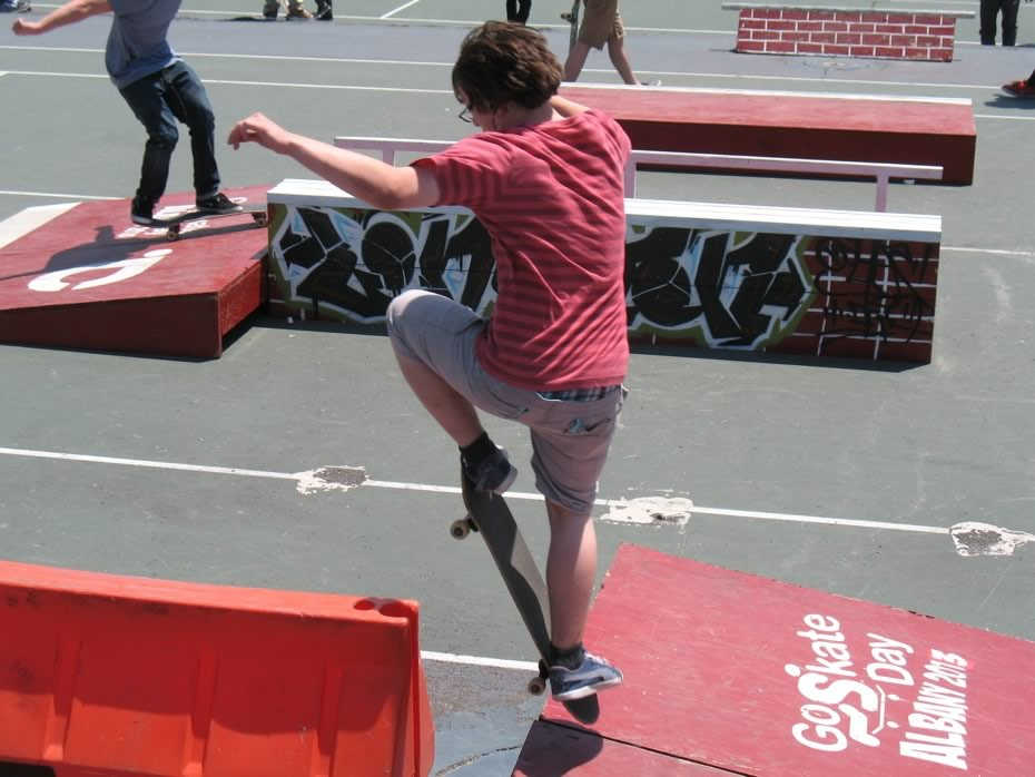 go_skateboarding_day_washington_park_5.jpg