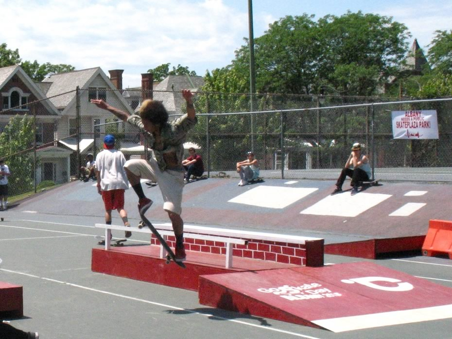 go_skateboarding_day_washington_park_8.jpg