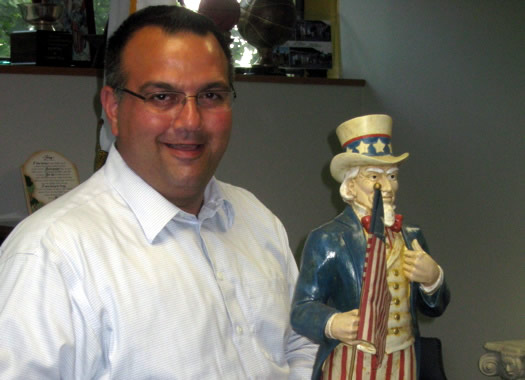 harry tuntunjian with uncle sam statue