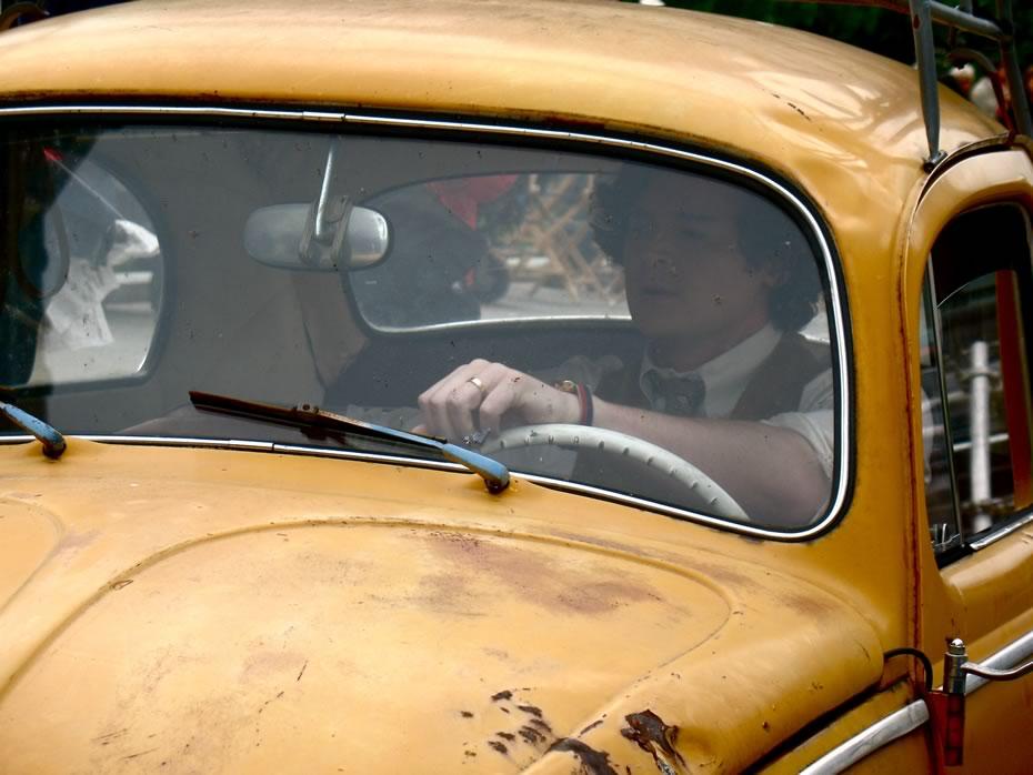 hbo_ali_albany_discus_car4.jpg