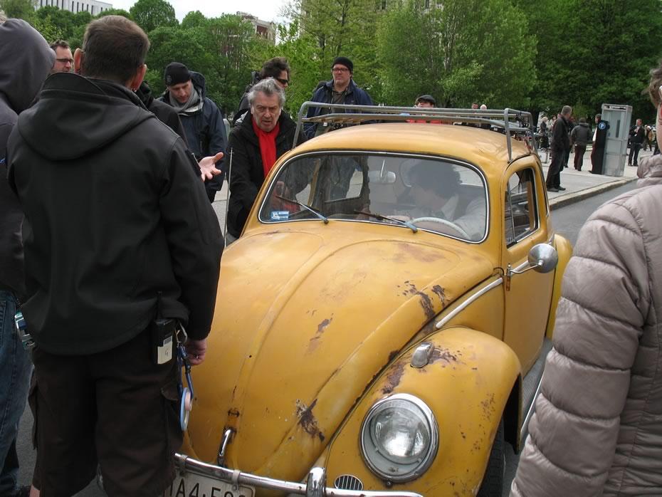 hbo_ali_albany_discus_car_3.jpg