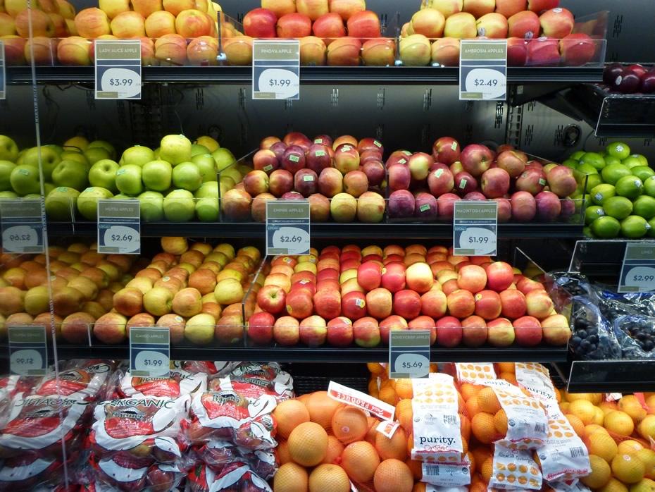 healthy_living_market_opening_961.jpg