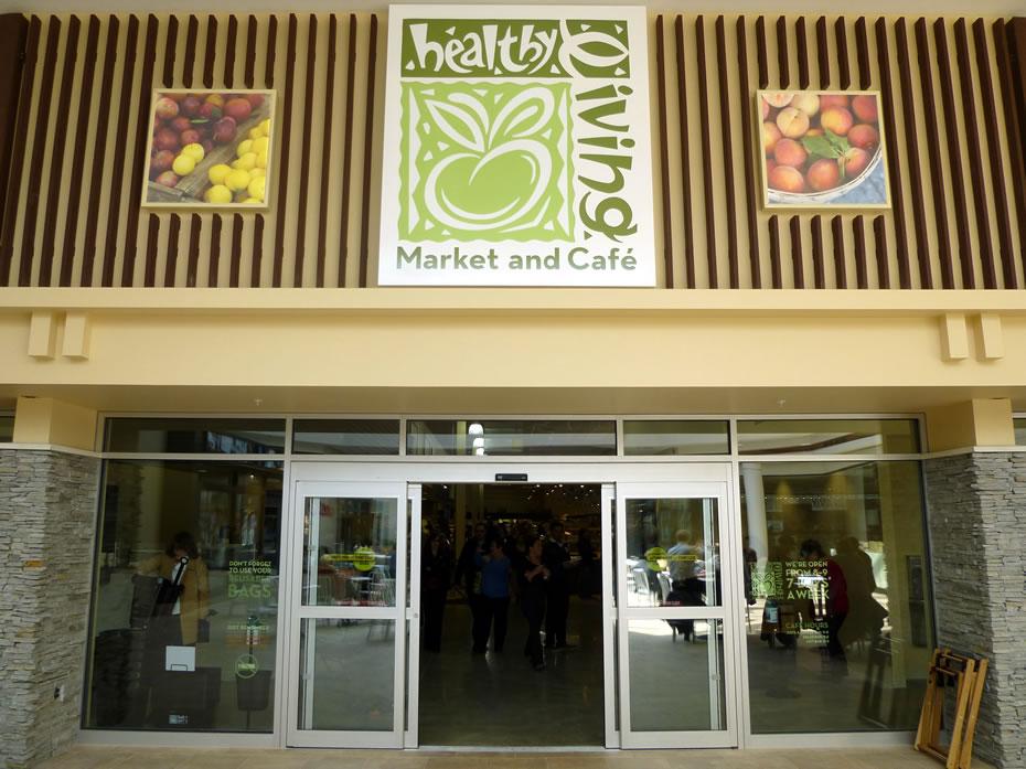 healthy_living_market_opening_995.jpg