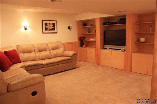 12 Fletcher Drive basement credit CRMLS.jpg