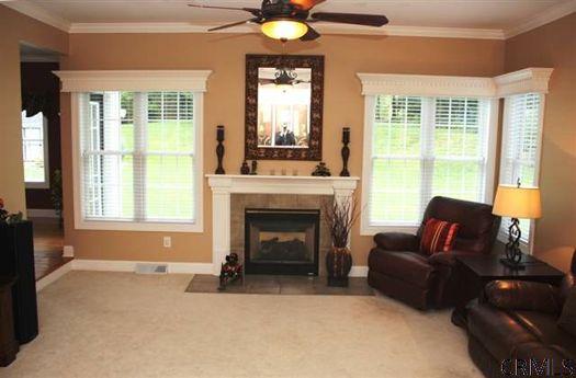 Joyous Lane Living room CRMLS.jpg