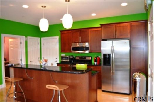 RR Place kitchen credit CRMLS.jpg