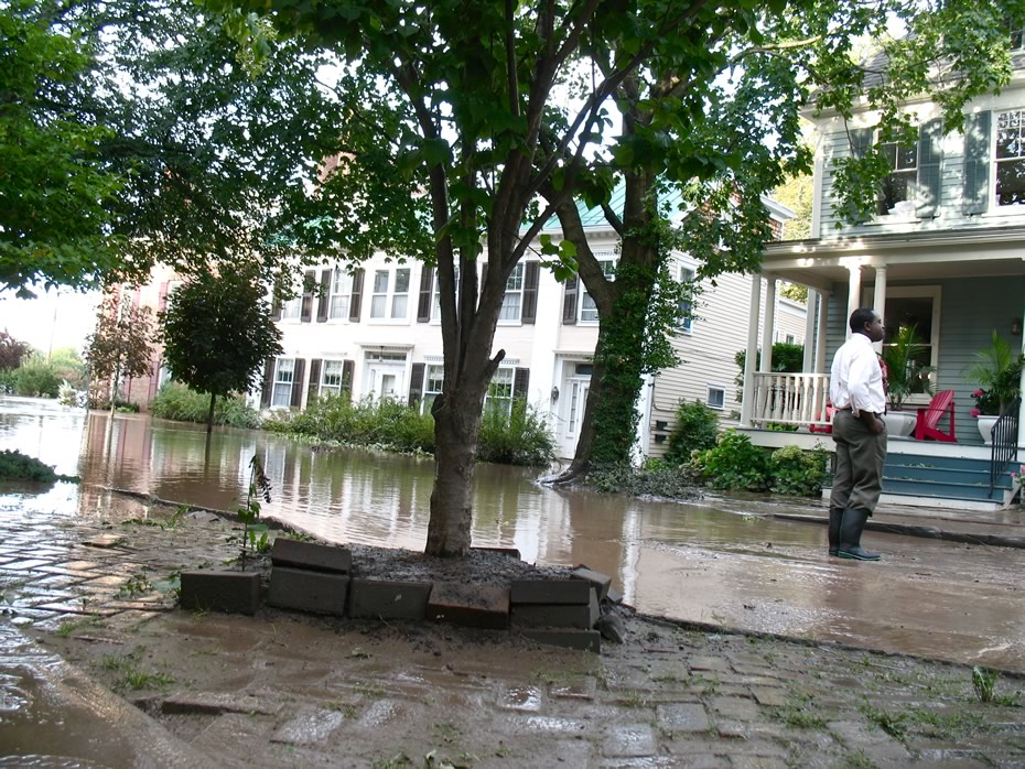 irene_flooding_schenectady_0303.jpg