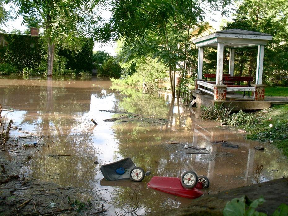 irene_flooding_schenectady_0318.jpg