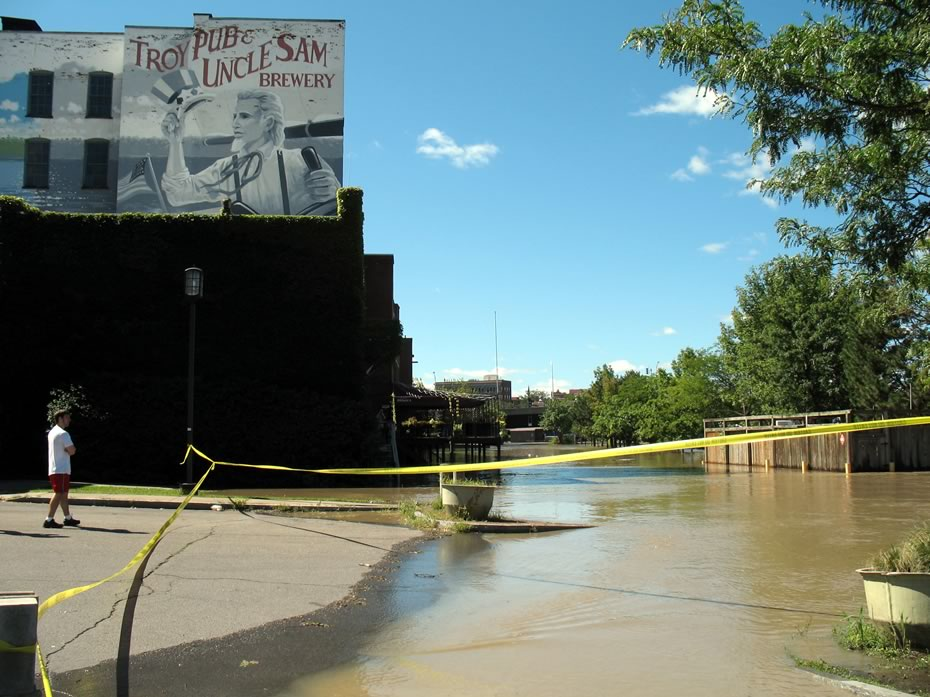 irene_flooding_troy_0003.jpg