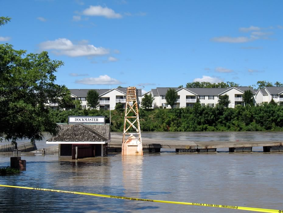 irene_flooding_troy_0004.jpg