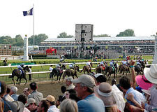 kentucky derby from crowd