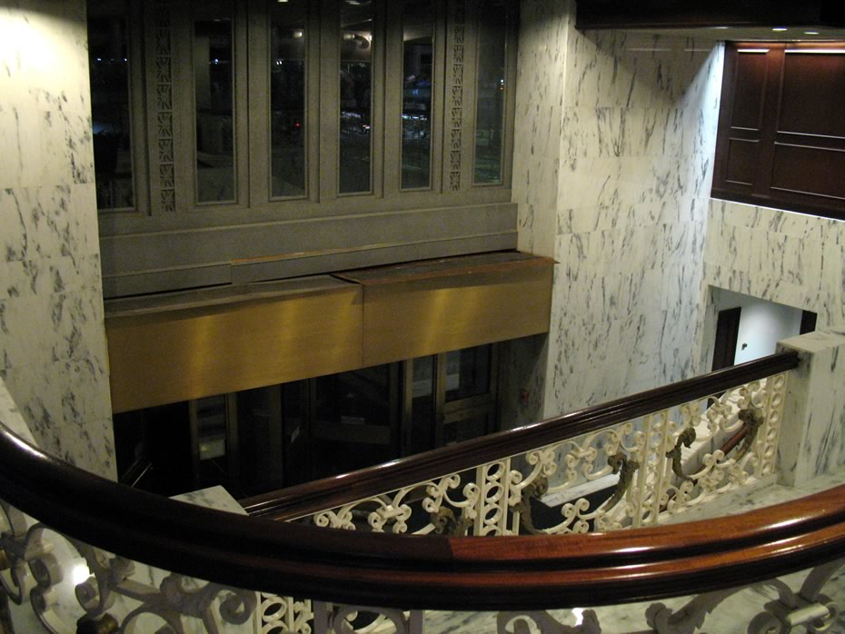kiernan_plaza_interior_rear_doors.jpg