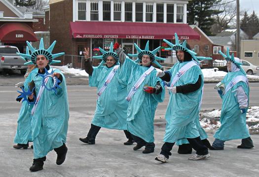 lady liberties walking