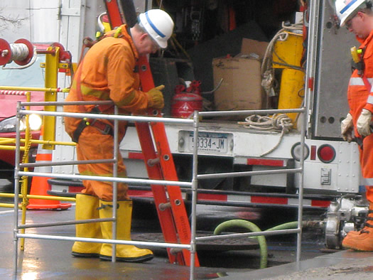 manholes washington swan 3