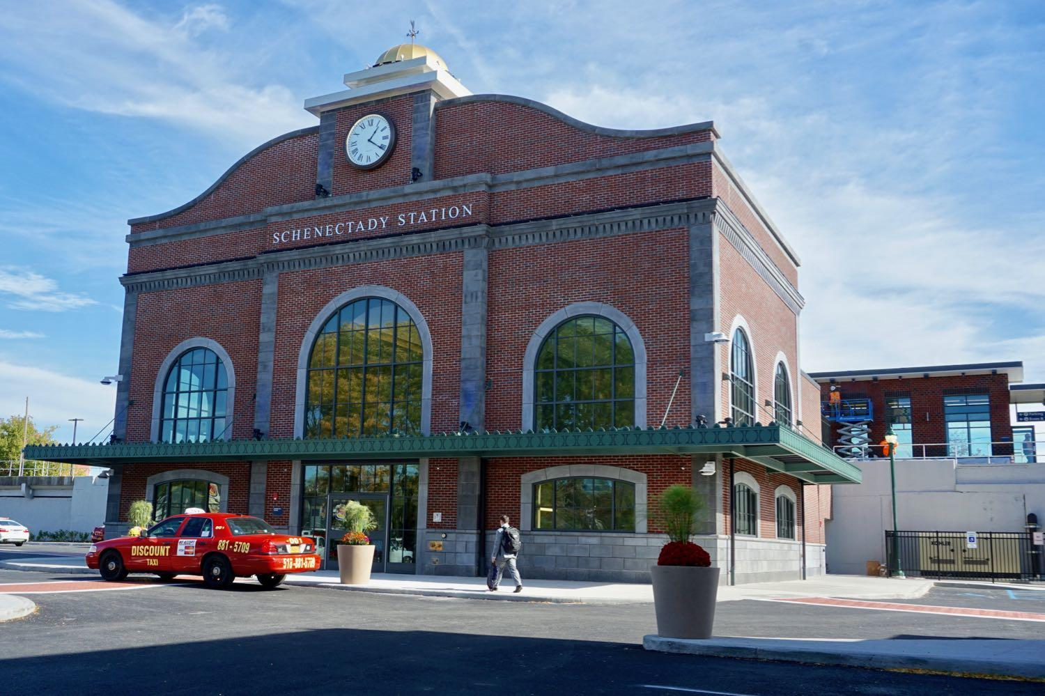 new_Schenectady_train_station__1.jpg