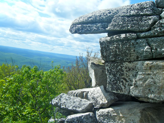 new_paltz_sams_point_preserve.jpg