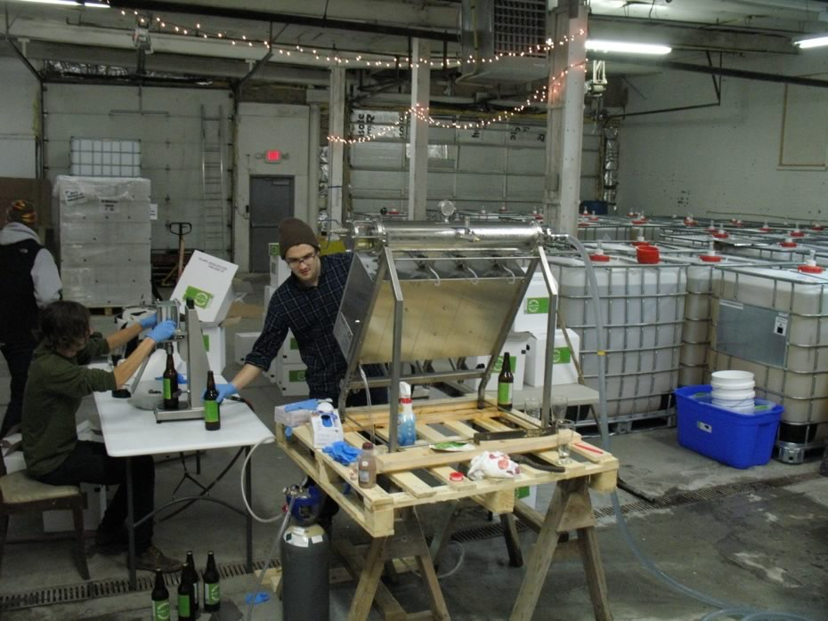 nine_pin_cider_bottling_13.jpg