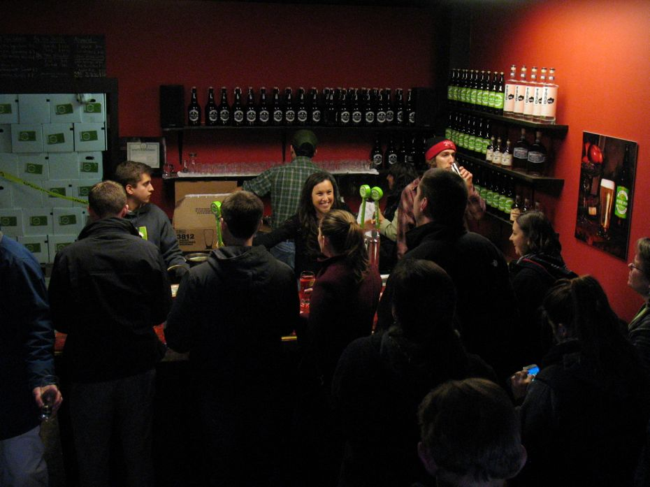nine_pin_cider_grand_opening_2.jpg