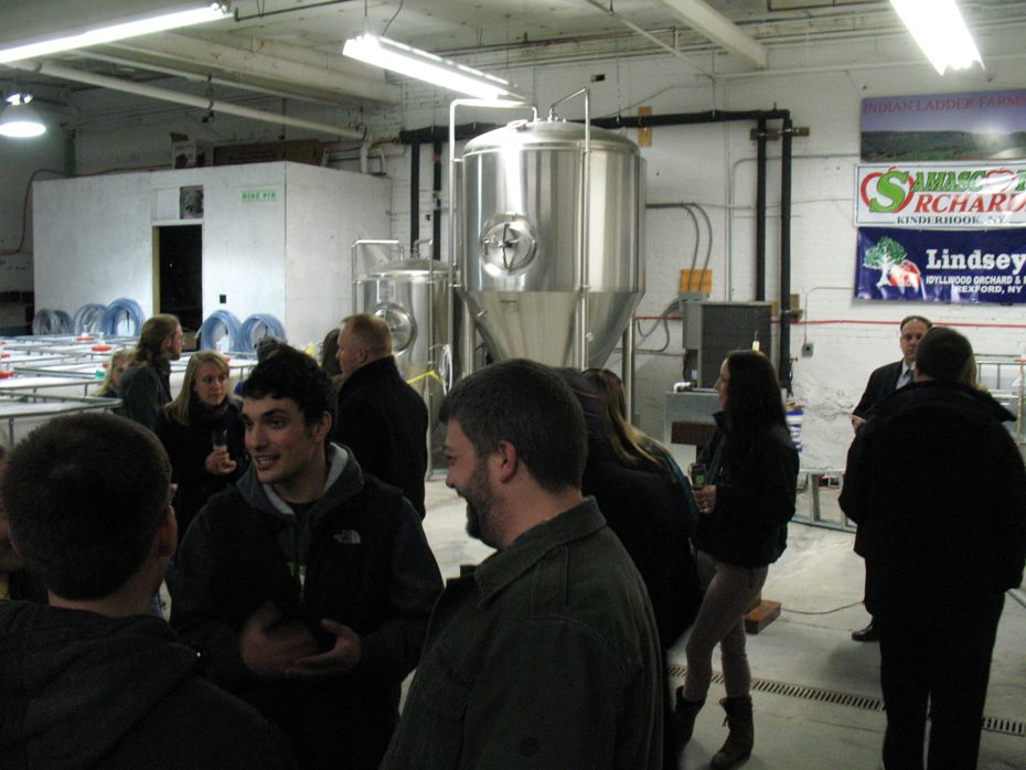 nine_pin_cider_grand_opening_8.jpg
