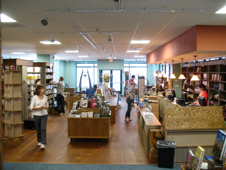 northshire_bookstore_saratoga12.jpg