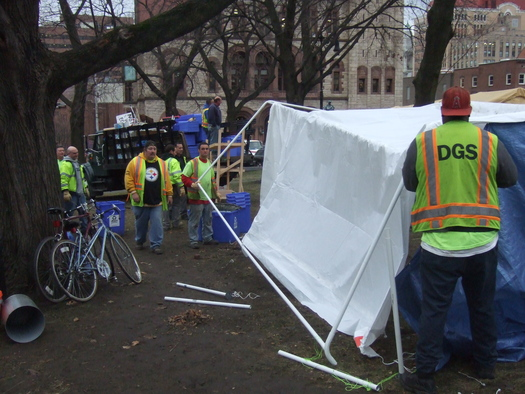 occupy_albany_eviction_1.JPG