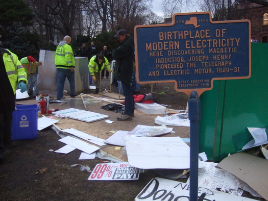 occupy_albany_eviction_3.JPG