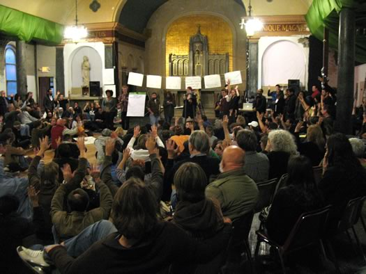 occupy albany general assembly crowd expressing approval