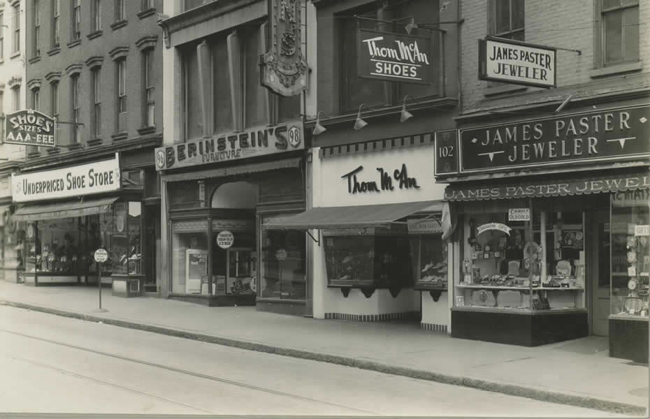 old_signage_APL_Albany_New_York_Commercial_Streets_94102_South_Pearl_Street.jpg