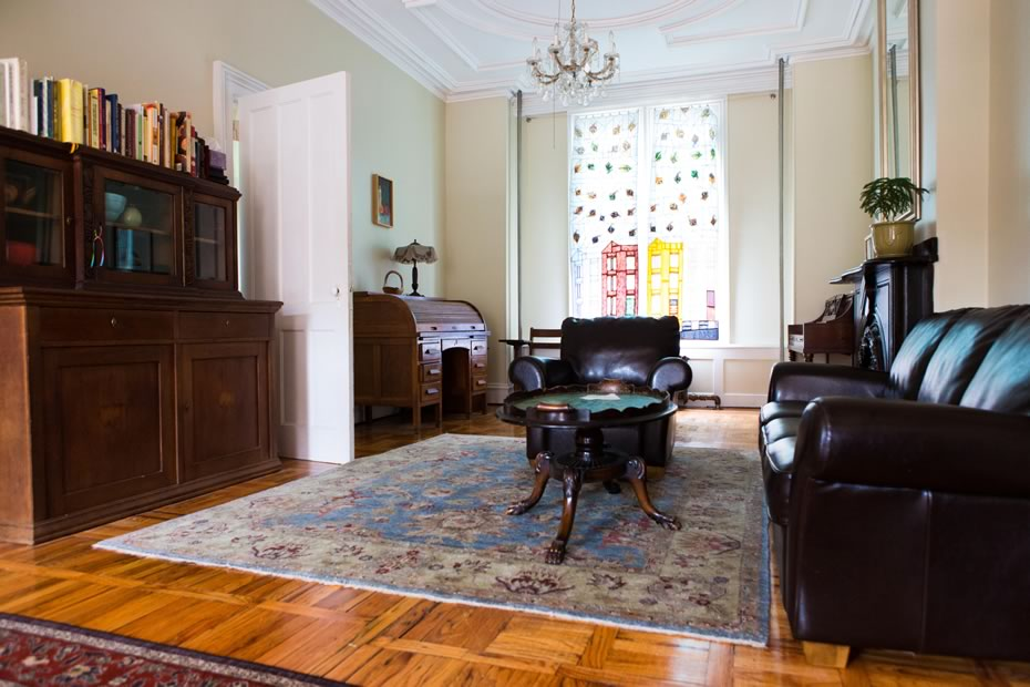open_house_kirchman_mansion_neighborhood_living_room.jpg