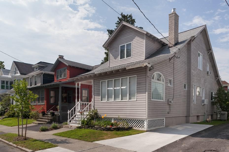 open_house_pine_hills_modern_exterior.jpg