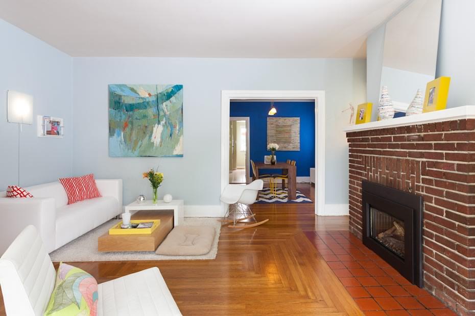 open_house_pine_hills_modern_livingroom1.jpg