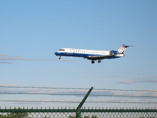 plane landing at ALB