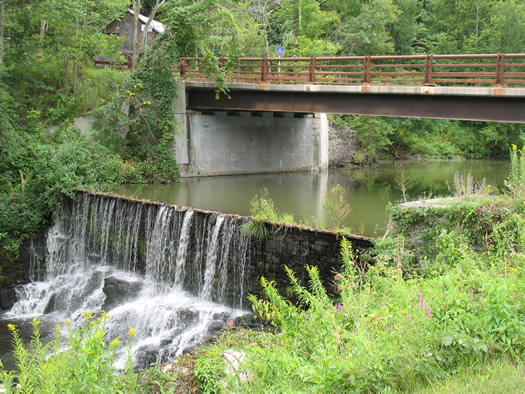 falls in rensselaerville