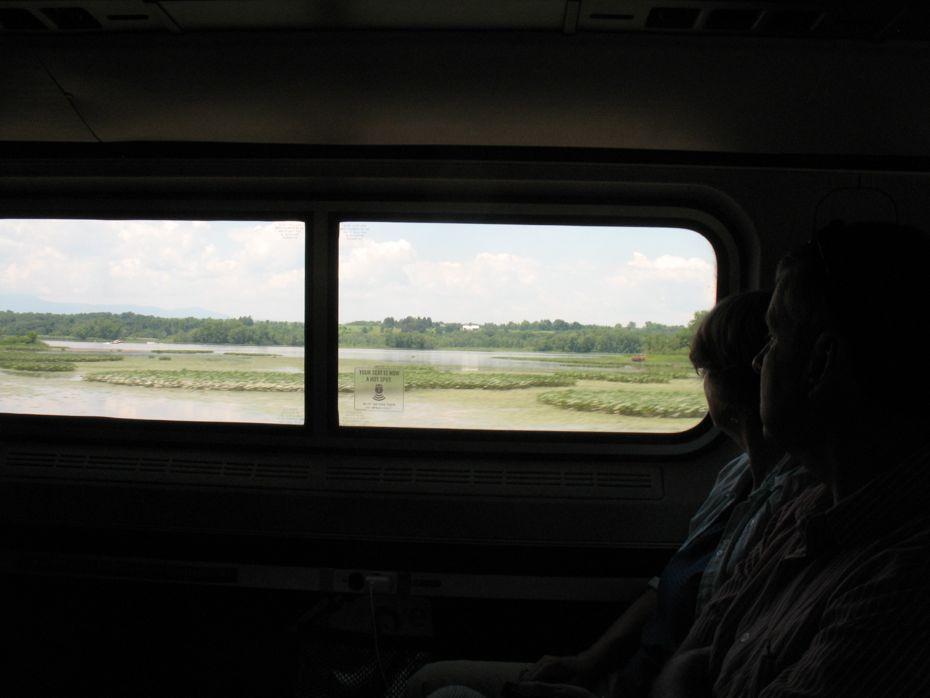 rail_river_hudson_2014_07c.jpg