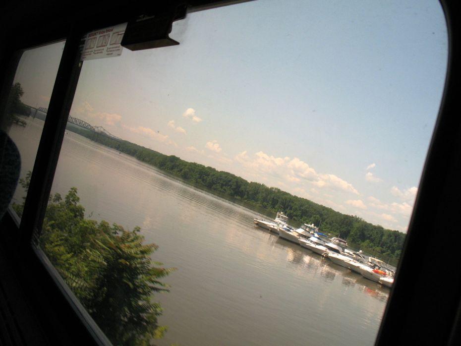 rail_river_hudson_2015_07.jpg