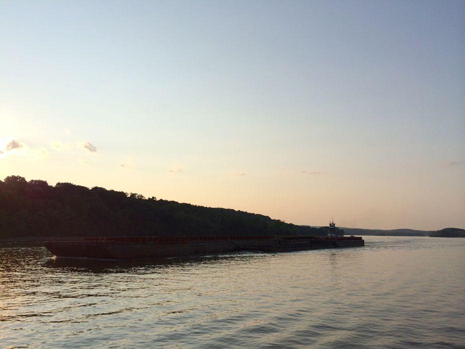 rail_river_hudson_2015_58.jpg