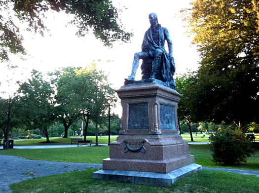 robert burns statue washington park