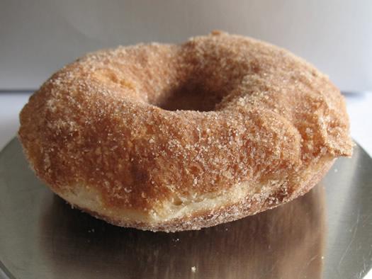 schuyler_bakery_cinnamon_donut.jpg