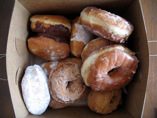 schuyler_bakery_donuts_in_box.jpg