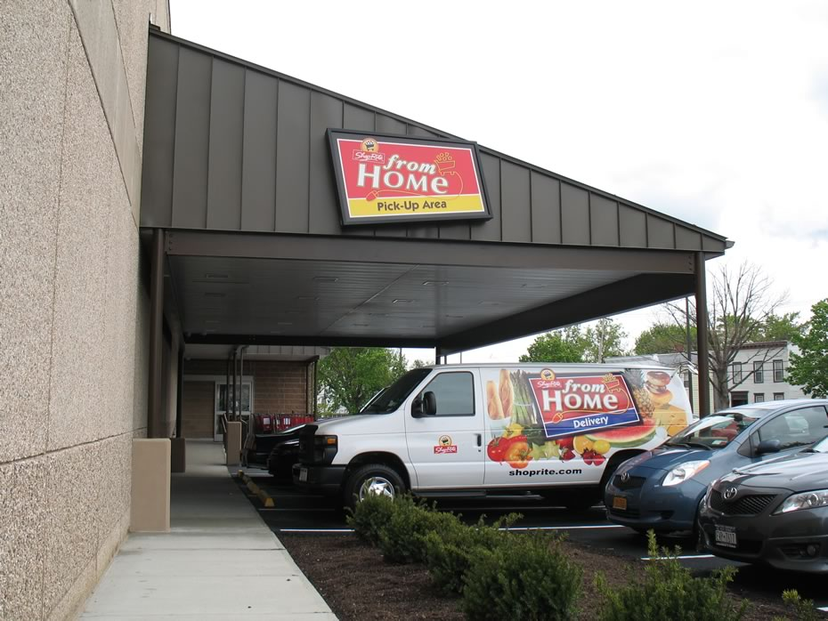 shoprite_albany_at_home_pickup_area_exterior.jpg