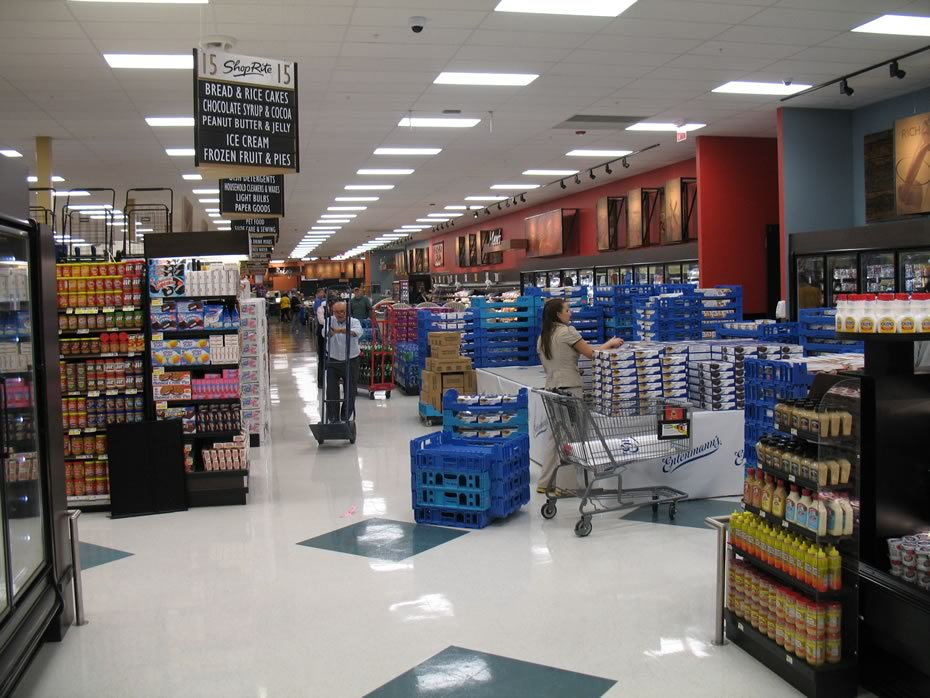 shoprite_albany_back_of_store.jpg