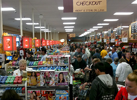 shoprite niskayuna checkouts packed