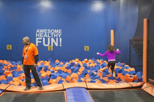 sky_zone_trampoline_park_jumping_into_foam_pit.jpg