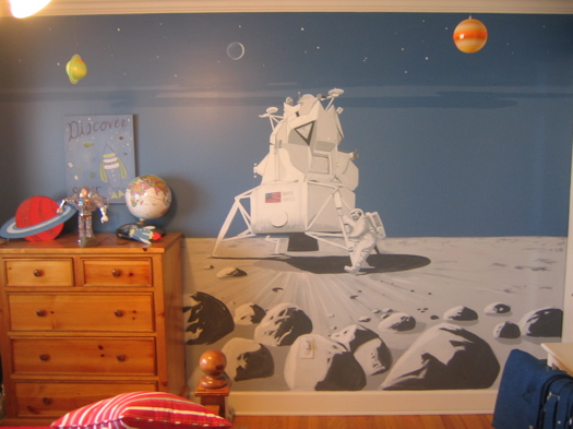 spaceship mural -- Kevin Clark.jpg