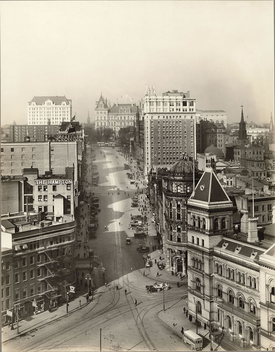 state street albany 1917 via Albany Institute