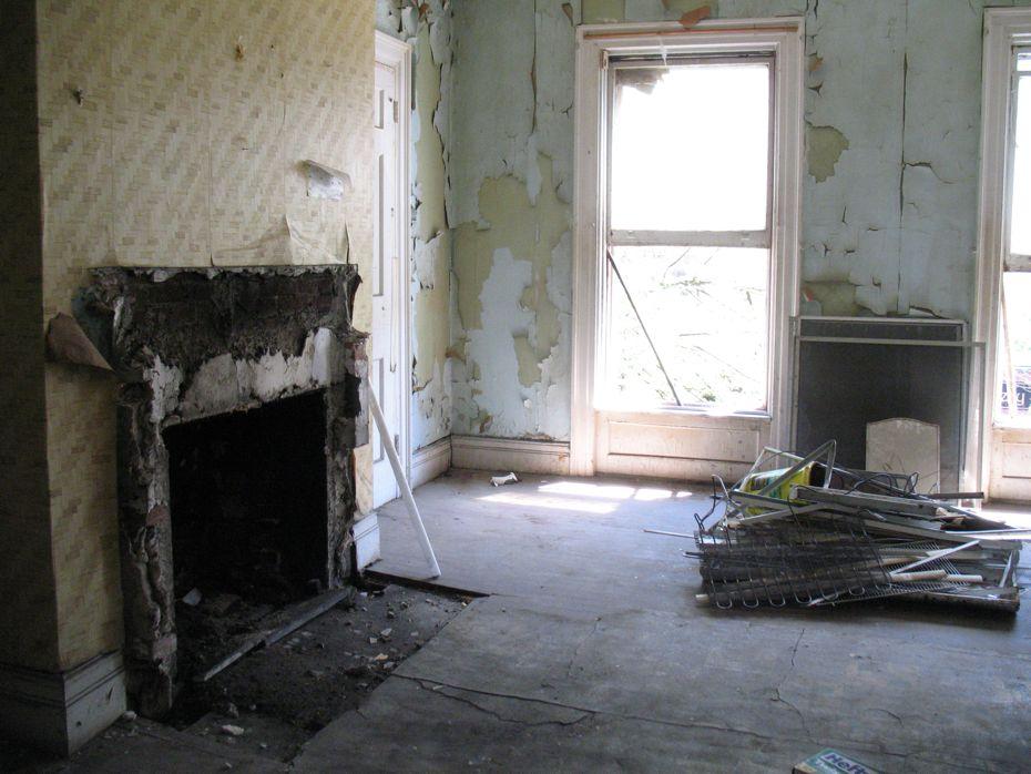 trojan_hotel_pre_renovation_14.jpg