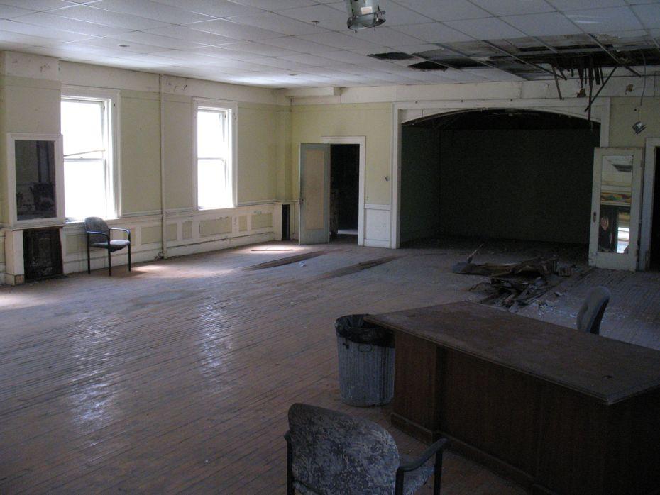 trojan_hotel_pre_renovation_6.jpg