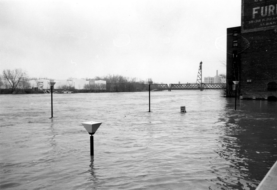 troy 1977 flood riverfront