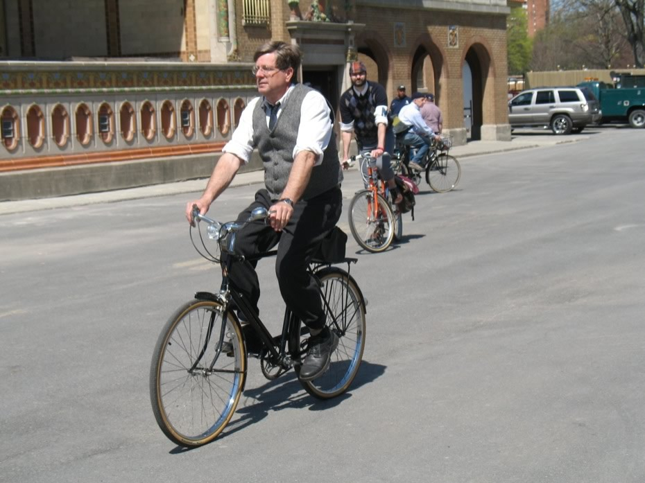tweed_ride_2013_5.jpg