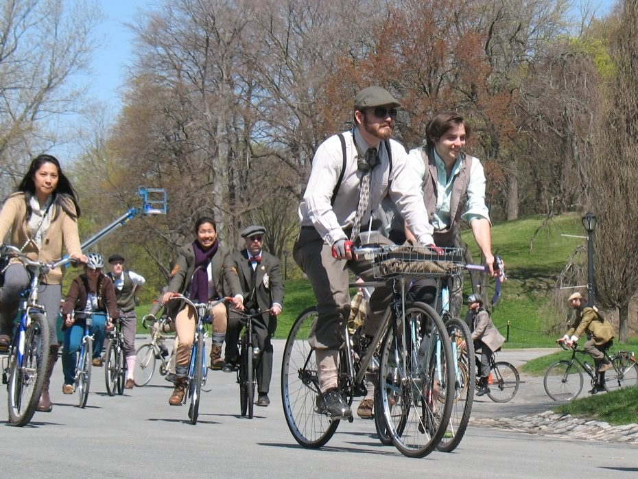 tweed_ride_2013_9.jpg
